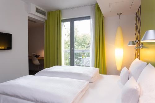 GRIMM's Hotel Mitte photo 58