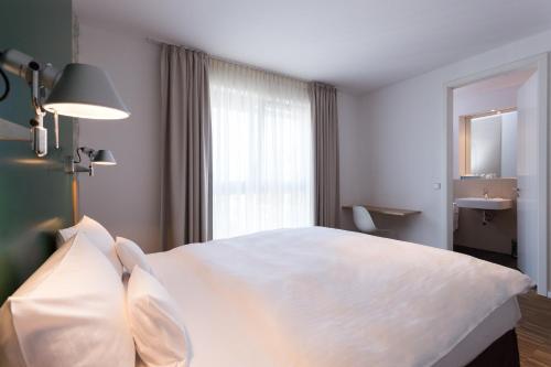 GRIMM's Hotel Mitte photo 31