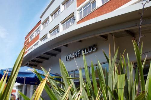 Best Western Manchester Altrincham Cresta Court Hotel - Photo 6 of 66