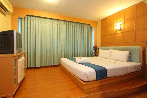 Silom Avenue Inn photo 4