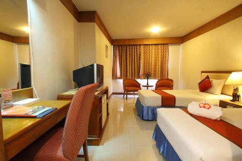 Silom Avenue Inn photo 7