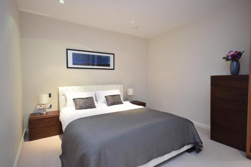 Valet Apartments Aston House