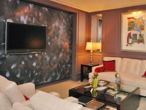 Bluebird Suites DC Financial District - Washington, DC 20005