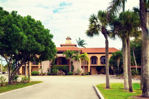 Port Of The Islands Everglades Adventure Resort - Naples, FL 34114