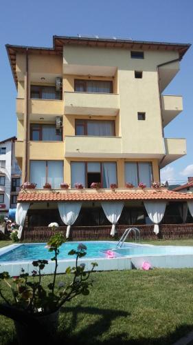 . Sharkov Family Hotel