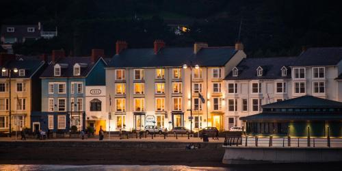 . Richmond Hotel