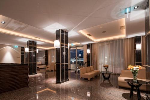 Фото отеля Iu Hotel Luanda Cacuaco
