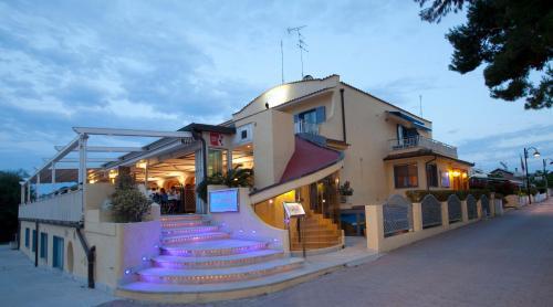 . Hotel Gabbiano