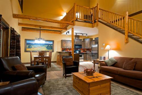 Three-Bedroom Apartment with Loft