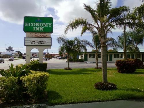 . Economy Inn Okeechobee
