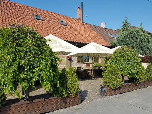 b90f2feac Barock Restaurant & Pension, Topoľčany, Slovensko. Rezervácie.