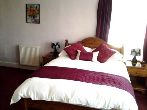 Rolles Court (Bed and Breakfast)