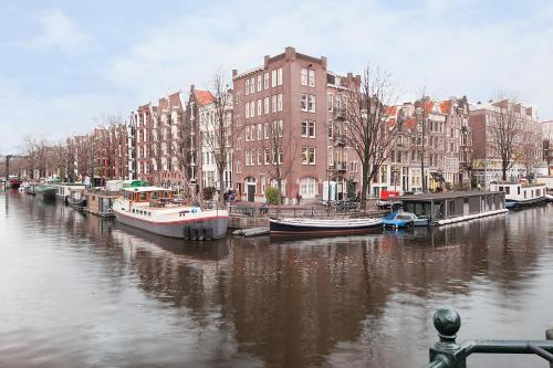 Jordaan Apartments Amsterdam Canal View photo 15