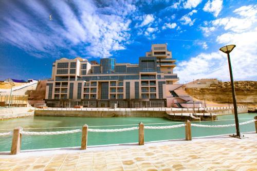 . Caspian Riviera Grand Palace Hotel
