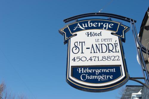 Auberge Le St-André Inn - Photo 2 of 45