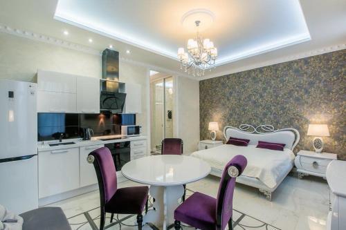. Natella Apartments at Pionerskaya 50