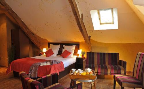 . Hotel O2B Aux Berges de Brocéliande