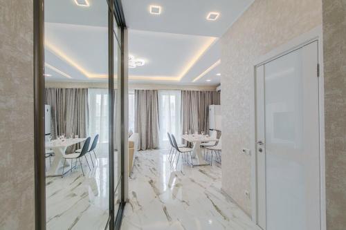 . Natella Apartments at Glukhaya Zelenina 6