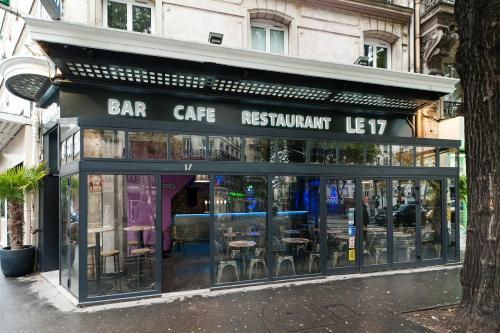 Le 17 - Hôtel - Paris