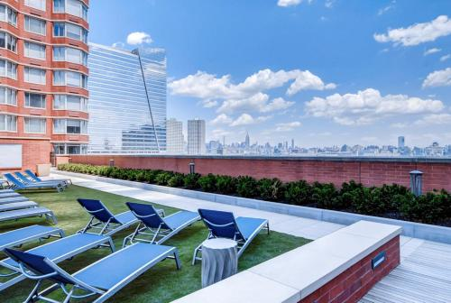 Bluebird Suites In Jersey City - Jersey City, NJ 07310