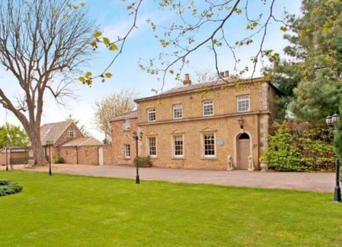 Braywood House