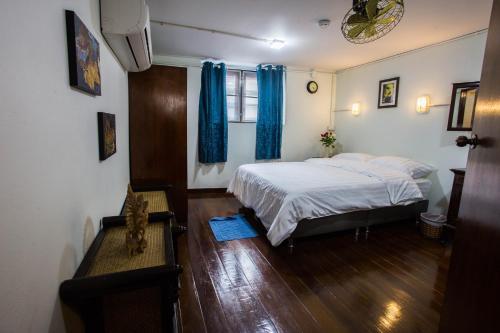 Baan Gaysorn Hostel photo 14