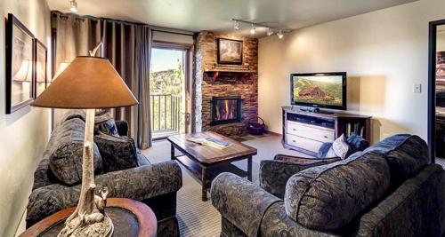 Bear Claw 410 - Steamboat Springs, CO 80487