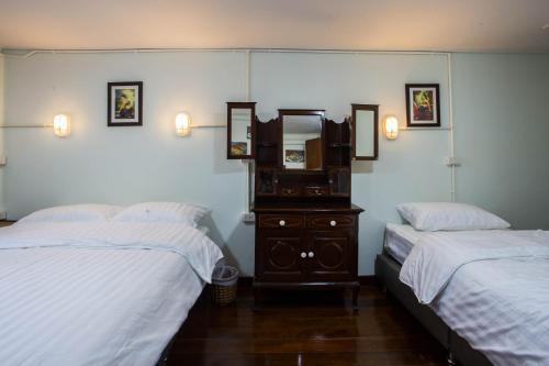 Baan Gaysorn Hostel photo 20