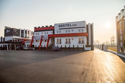 . Hostel Tron