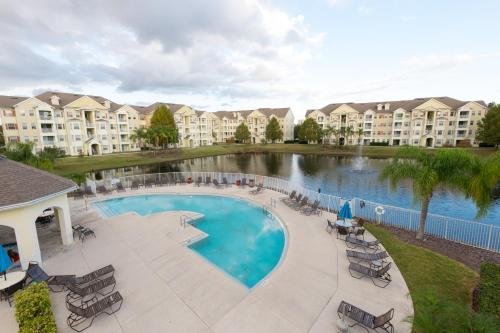 Pleasant Condo Near Disney - Kissimmee, FL 34746