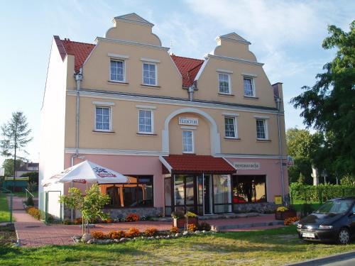 . Hotel E-lektor