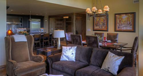 Edgemont 2707 - Steamboat Springs, CO 80487