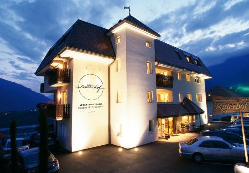 Apartmenthotel Ritterhof Suites & Breakfast - Accommodation - Schenna
