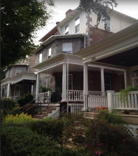 Burbridge Street B&b - Philadelphia, PA 19144