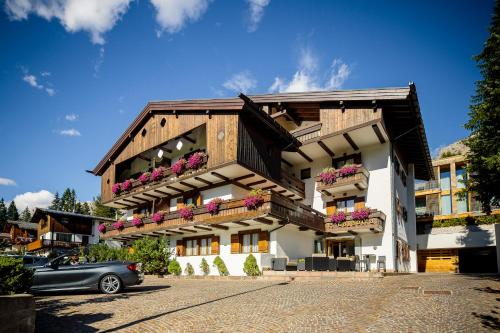 Hotel Lajadira&Spa - Cortina d`Ampezzo