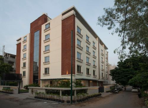 Hotel Eastin Residences Vadodara