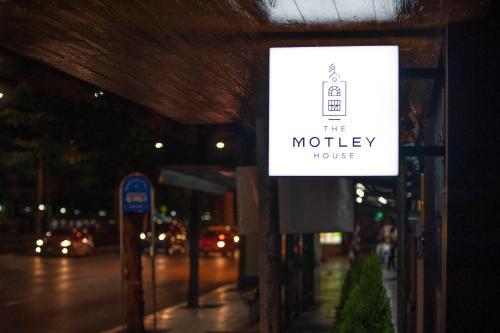 The Motley House impression