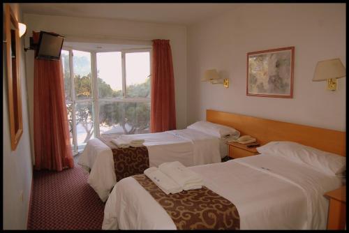 Фото отеля Playa Hotel
