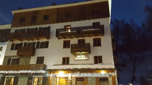 Residence Castelli Breuil Cervinia