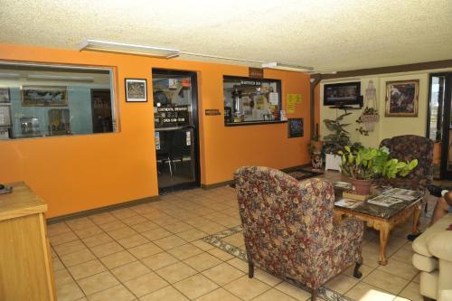 . HWY Express Inn & Suites