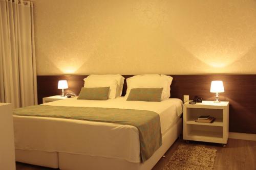. Hz Hotel