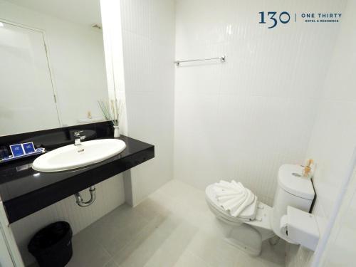 130 Hotel & Residence Bangkok photo 3