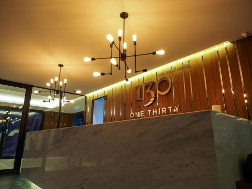 130 Hotel & Residence Bangkok photo 12