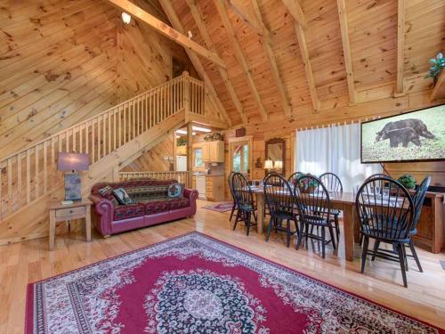 Cozy Bear Lodge - Three Bedroom Home - Gatlinburg, TN 37738