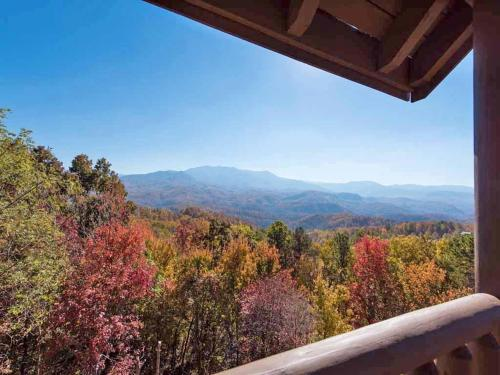 Flavored by Fortune - Three Bedroom Home - Gatlinburg, TN 37738