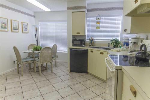 Vista Verde North - Two Bedroom Condo - 5-231 - St Petersburg, FL 33715
