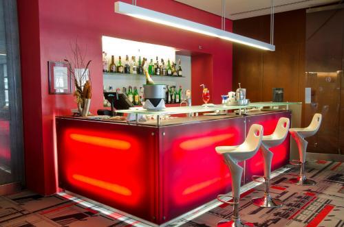 VIP Executive Arts Hotel photo 9