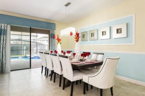 Champions Gate - Eight Bedroom Villa - CG025 - Davenport, FL 33896