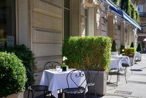 La Tremoille Paris photo 29