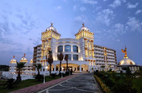 Okurcalar Oz Hotels Sui̇ Resort fiyat